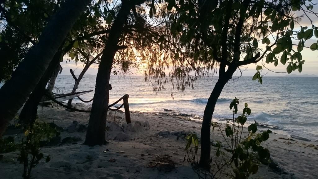 01_Beachcomber_02