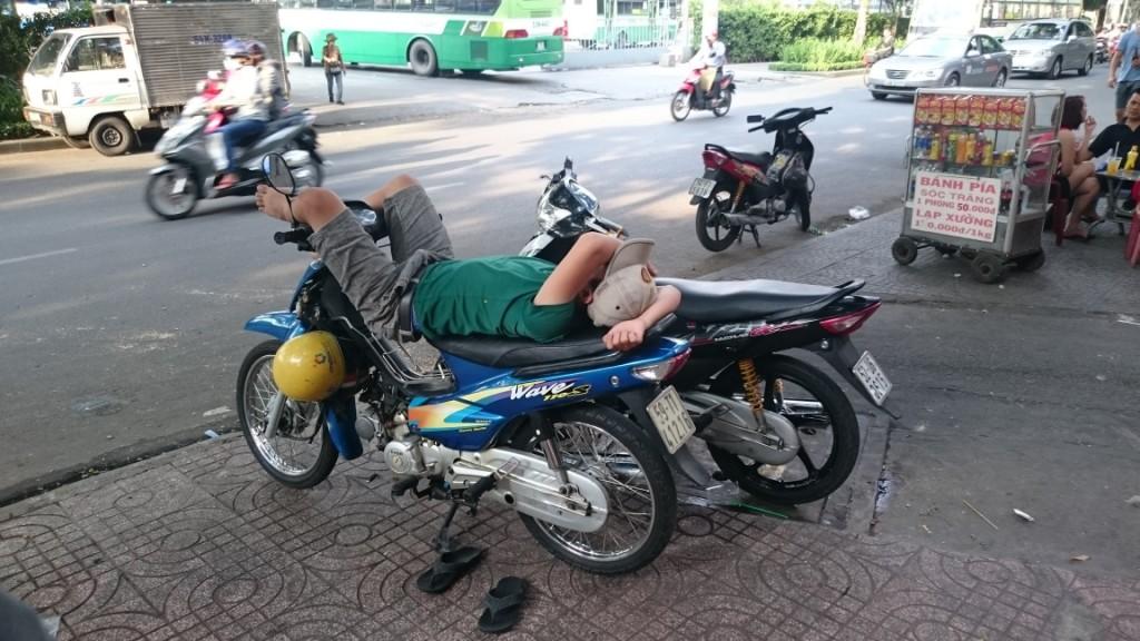 22_01_HCMC_010